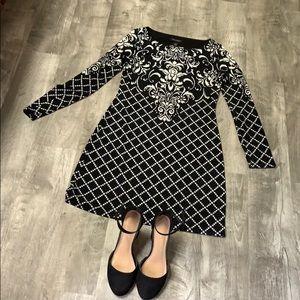WHBM Black & White Dres